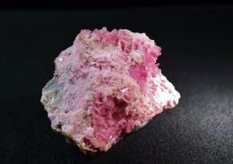 Rhodocrosite With Minor Pyrite  ( 2 X 2 X 1 Cm) - Cavnic Mine (Kapnik), Maramures Co - Romania - Mineralen