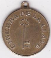 Medaille Ginebra De La Llave Exposicion De Paris 1878 Mayor Recompensa - Profesionales/De Sociedad