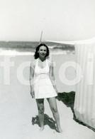 1939 ORIGINAL PHOTO FOTO  AMATEUR FEMME WOMAN BEACH PLAGE LESBIAN INT - Pin-up