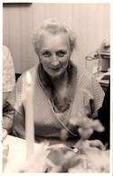 Photo Originale Portrait De Vieille Femme Au Regard Coquin & Malicieux Par Foto K. Eichenberg 1960/70 - Pin-up