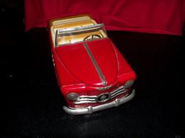 Voiture Ancienne Cabriolet Tout En Tôle Avec Moteur A Clef ( Pas De Clef ) Des Années 1950 / 1960 ..30cm... - Jugetes Antiguos