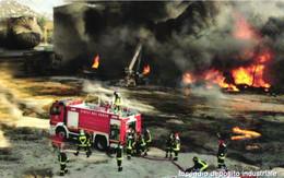 USATE ›  VVFF - Incendio Deposito Industriale - Pubbliche Figurate Ordinarie
