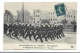 """83 TOULON  CATASTROPHE DE LA """"LIBERTE"""" LES OBSEQUES Marins Anglais - Toulon"""