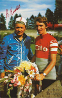 CARTE CYCLISME ALBERT KNOBEL SIGNEE TEAM CILO 1977 ( DECOUPE, FORMAT 9,5 X 14,8 ) - Radsport
