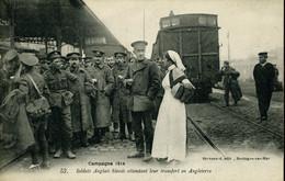 Première Guerre Mondiale Soldats Anglais Blessés Attendant Leur Transfert En Angleterre Gare Maritime Boulogne - Boulogne Sur Mer