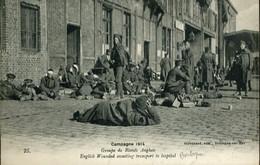 Première Guerre Mondiale Groupe De Soldats Anglais Blessés Attendnat Leur Transfert à L'Hôpital Boulogne Sur Mer - Boulogne Sur Mer
