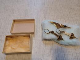 Modeschmuck Ohrschmuck Und Brosche Gebraucht Aber Neuwertig - Orecchini