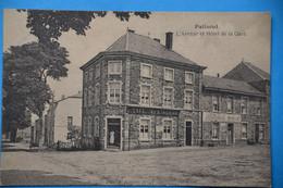 Paliseul 1921: L'avenue Et L'Hôtel De La Gare Animée - Paliseul