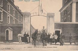 N°7361 R -cpa Arras -la Porte Du Quartier Schramm- - Caserme