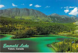 Lac Émerald - Vue Aérienne - Yukon