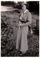 Photo Originale Mode Tweed & Portrait De Jolie Pin-Up Jeune Femme Au Joli Renard & Chapeau Vers 1930/40 - Pin-up