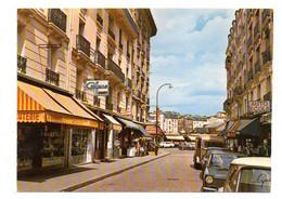 COURBEVOIE-- L'avenue De La Liberté ( Commerces,voitures, Dont Tube Citroen ) - Courbevoie