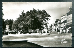 # - QUIBERON - La Place Hoche (carte Vierge) - Quiberon