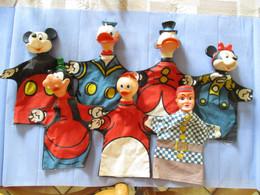 LOT 7 ANCIENNES MARIONNETTES A MAIN - Marionetas
