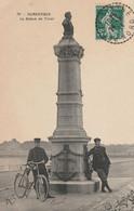 DUNKERQUE  -  La Statue De Tixier  ( Gendarmes à Vélo ) - Dunkerque