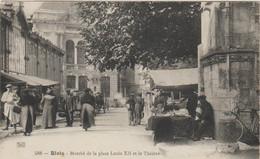 CPA  41  BLOIS MARCHE DE LA PLACE LOUIS XII ET LE THEATRE - Blois