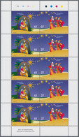 """Thematik: Weihnachten / Christmas: 2004, Angola: """"CHRISTMAS"""", Complete Set Of Two In Miniature Sheet - Christmas"""