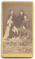 OLD CARDBOARD CABINET PHOTO, GIRLS, ATELIER MARCSAK SZEGZARD HUNGARY, D 105 X 60 Mm - Anonieme Personen