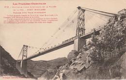 66 Pont Suspendu Sur La Vallée De La Têt Gisclard Commandant Du Génie N°613 ( Labouche) Train électrique Vers Montlouis - Structures