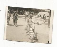Photographie , Enfant , Poussette , ROYAN , 1929 , 65 X 45 Mm , 2 Scans - Ohne Zuordnung
