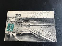 2 -  PARIS INONDÉ Cliché 28 Janvier 1910 (Crue Maximum 9m50) Le Metropolitain Envahi Au Pont Mirabeau - 1910 Timbrée - De Overstroming Van 1910