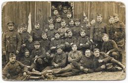ARMEE BELGE : Groupe De Soldats (prisonniers ?) - Personaggi