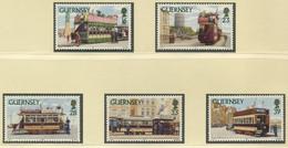 GROSSBRITANNIEN-GUERNSEY / MiNr. 573 - 577 / Straßenbahnen / Postfrisch / ** / MNH - Tranvías