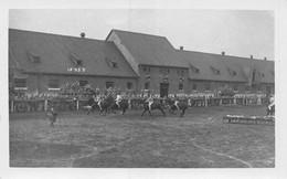 A-20-5892 : JEUX. MILITAIRES A CHEVAL. EQUITATION. CASERNE. PHOTO LINDSTED & ZIMMERMAN COBLENCE SUR LE RHIN - Koblenz