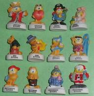 """Série De Fèves Complète : Garfield , Les Mois De L'année  """" Mat """" - Cartoons"""