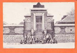 VaU072 LINGSAR Nusa Tenggara Barat Poort Van Den Offertempel Indonésia 1913 à Van DALE Vondelkerkstraat Amsterdam - Indonesia