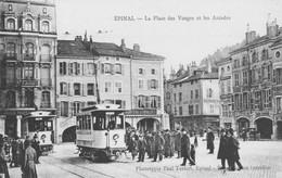 """EPINAL (Vosges) - CPA """"La Place Des Vosges Et Les Arcades""""  Edition Testart. Non Circulée. TB état. - Epinal"""