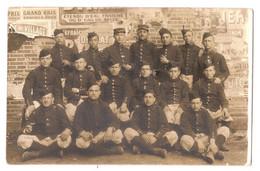 CPP 271 - CARTE PHOTO - MILITARIA - Lucien DEBARLE - Soldats Du 54e Régiment D'infanterie - LAVAL (MAYENNE) - 1915 - Laval