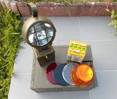 Lampe Allemande De Signalisation Et Accessoires - Equipment