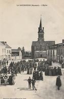 CARTE POSTALE ORIGINALE ANCIENNE : LA BACONNIERE EGLISE ANIMEE MAYENNE (53) - Other Municipalities