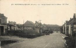 MONTREUIL BELLAY - L'arrivée De Saumur Vers Le Château. - Montreuil Bellay