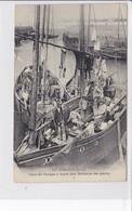 LE CROISIC   *   Jour De Lavage à Bord Des Bâteaux De Pêche   -  CPA En Très Bon état - Le Croisic