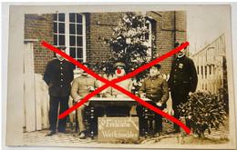 TOP DUITSE Fotokaart WO I, Duits Stationspersoneel Met Kerstboom Voor Het Station Galmaarden Gammerages Weinachten 1915 - Galmaarden