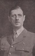 240339Le General De Gaulle, President Du Comité National (linksonder Een Vouw) - Personajes