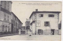 """Puy-de-Dôme - Thiers - Rue Du Moutier - Maison Du XVe Siècle, Dite """"Le Navire"""" Sans Doute à Cause De La Forme...... - Thiers"""