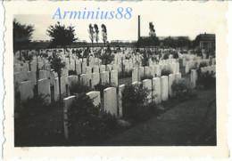 France, 1940 - Cimetière Militaire De La Grande Guerre - Wehrmacht Im Vormarsch - Westfeldzug - War, Military