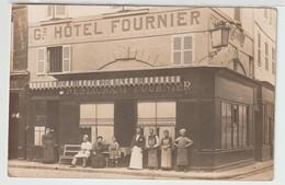 17 - La Rochelle - Carte Photo - Hôtel Restaurant Fournier - 1 Rue St Sauveur Et Place De La Caille - La Rochelle