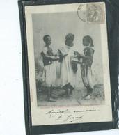 Afrique-Algerie- CONSTANTINE-Une Vue Animée De Jeunes Maghrebins VENDANT  Des ALLUMETTES En 1900 - Konstantinopel