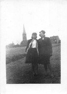 Clichés De 2 Ukrainiennes Dans Le Camp De HOMBOURG (Sarre) En 1944 - STO - Groupe D'Ouvriers -Voir Descrip - War 1939-45