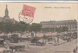 Cpa Roanne Place De L'hôtel De Ville Un Jour De Marché - Roanne