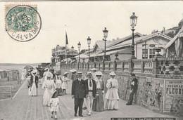 Cpa Houlgate Promenade De La Plage Très Animée 1907 - Houlgate