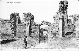 Carte Vers 1915 SISTERON / CHATEAU DE CAZETTE A TRAVERS LES RUINES DU VIEUX COUVENT - Sisteron