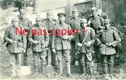 CARTE PHOTO ALLEMANDE - JEUNE RECRUE D'ARTILLERIE AVEC PICKELHAUBE  - GUERRE 1914 1918 - 1914-18