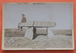 Photo Ancienne Du Dolmen De Rostudel Au Village De Morgat, Commune De Crozon - Crozon