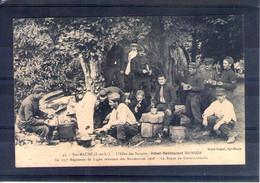 37. Sainte Maure. Grandes Manoeuvres Du Centre 1908. 135e Rgt De Ligne. Le Repas Au Cantonnement - Manöver