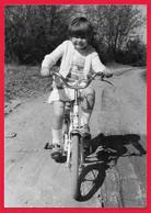 ENFANT CHILDREN BAMBINI - VELO BYCICLE -   PHOTO - Persone Anonimi